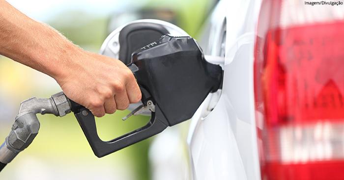 Alta no preço do combustível favorece uso de tecnologias em tempo real