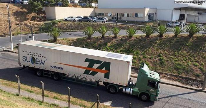 Tecnologia de energia solar é aplicada em transporte de cargas